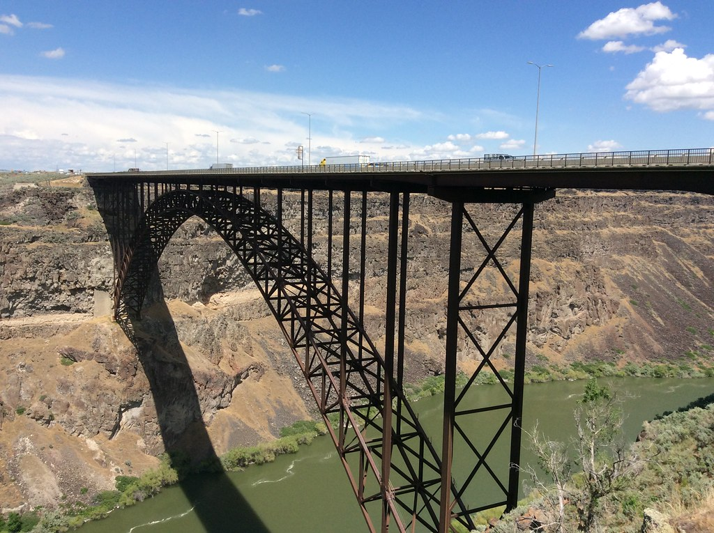 Perrine Bridge Over The Snake River In Twin Falls Idaho Flickr