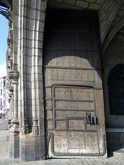 porton del pasadizo exterior ayuntamiento Gran Plaza Mons Belgica
