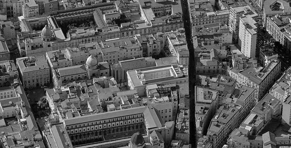 Il complesso di Donnaregina a Napoli   Il complesso monastic…   Flickr