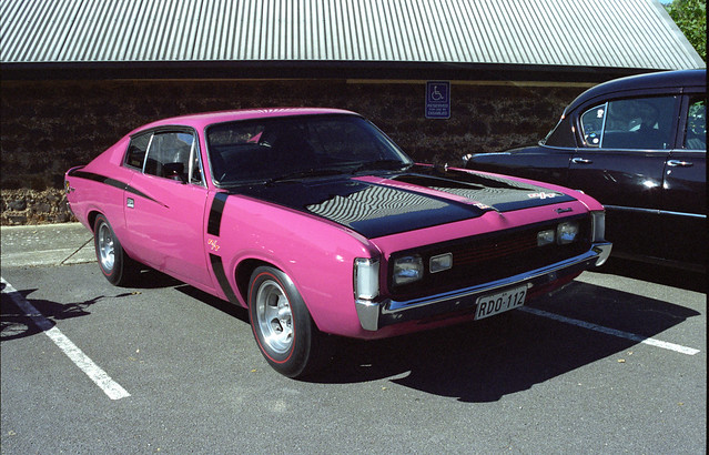 Hey Charger - in hot pink