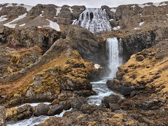 Cascada Dynjandi en Islandia (Consejos para viajar a Islandia)