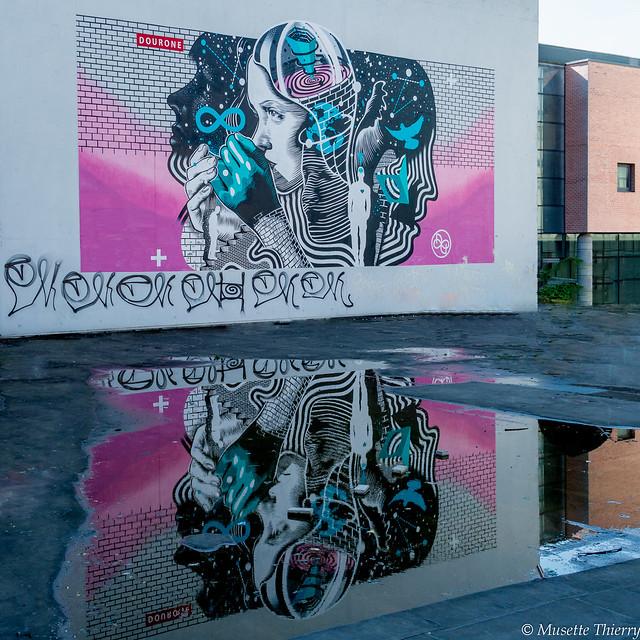 Street-art et reflet