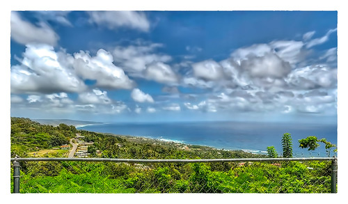 2018 0418 caribbean friday stjohnparishchurch sky vacation panorama fence churchview saintjohn barbados bb clouds