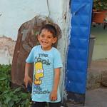 Il mondo si rialza col sorriso di un bambino