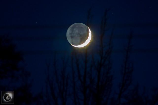9% Waxing Crescent Moon & Earthshin 18/04/18