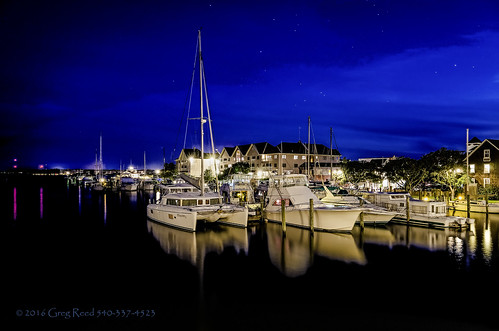 shallowbagbay obx outerbanks roanokeisland manteo northcarolina boats sailing sailboats water bay night marina manteowaterfrontmarina