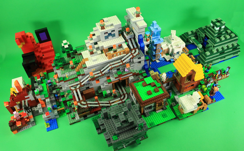 Lego Minecraft 2018 Sets Combined Plus Some 2017 Sets A Photo On Flickriver