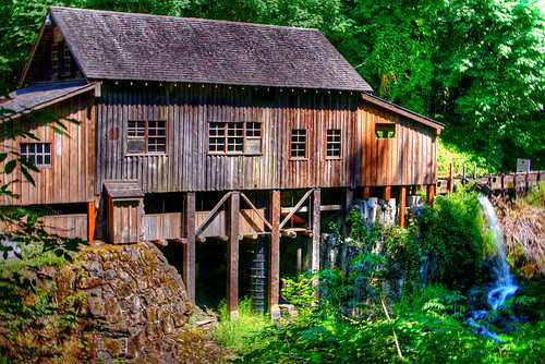 Cedar Creek Grist Mill | by jodi_tripp