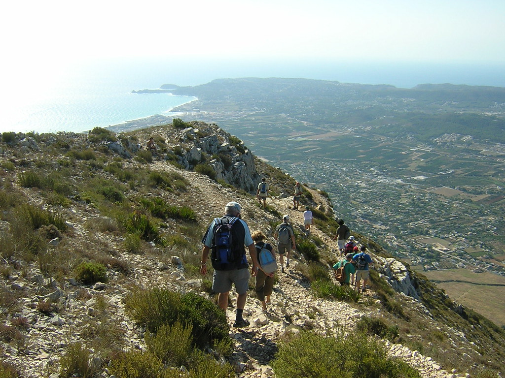 Descent from the top of the Montgó