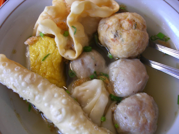 Bakso Enggal Bakso Enggal Another Same Type Of Bakso Mande Flickr