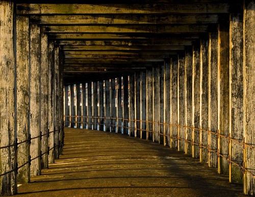Beneath Whitby breakwater | by Stuart Herbert
