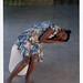 croxcard 34 lucia penninckx (2006) LINDA, DELPHINE EN DE ANDEREN<br /> video still