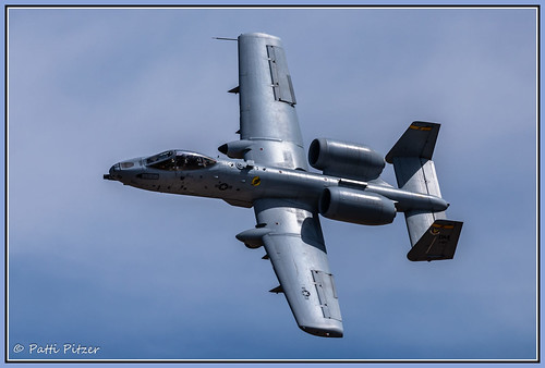 chino chinoairport airshow airplane airport warthog a10thunderboltii a10 airforce planesoffame