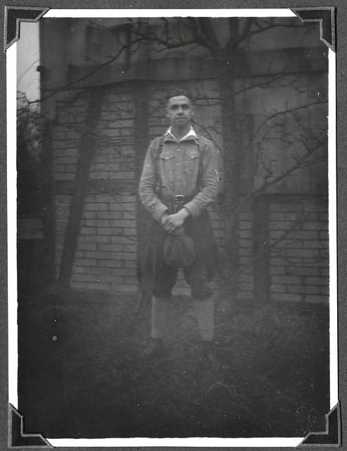 Kon011 Konrads Sommerportrait 1930er