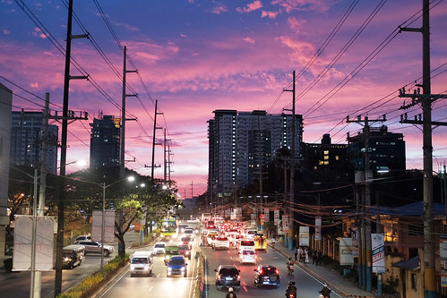 road alabang muntinlupa zapote traffic sky car busy philippines