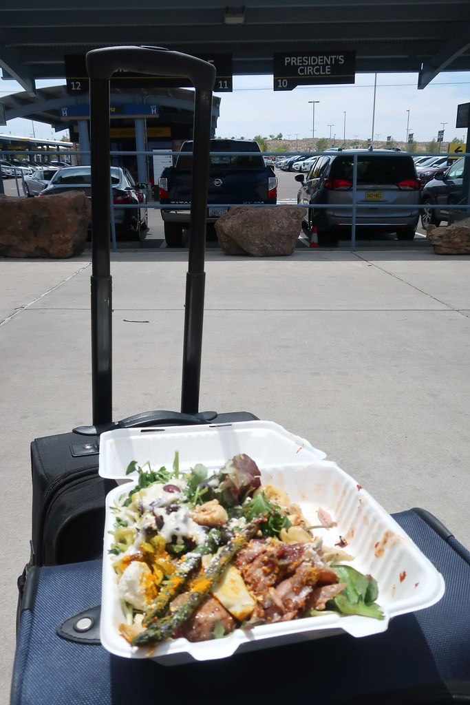 1804abq169 Whole Foods Salad Bar Take Out At Car Rental