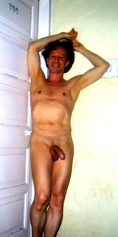 Nude and shaved exposed in hotel coridor