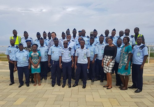 The delegation of the Angolan Air Force at Porto de Caio | by portocaio