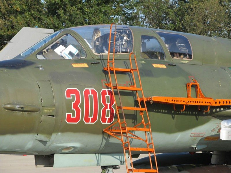 Sukhoi Su-22 UM 4