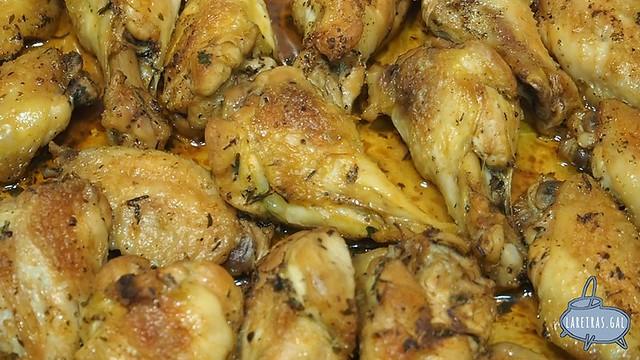 Alitas de pollo a las hierbas
