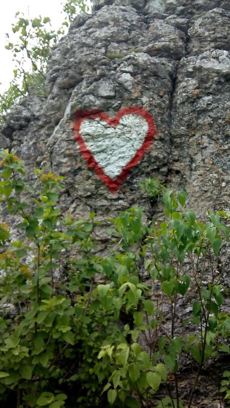 Srce na steni