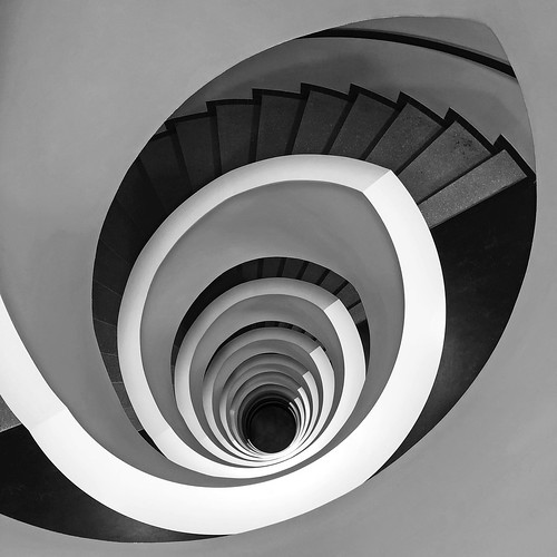 picassoplatz8 staircase iphone8