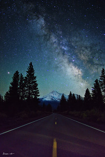 Night at Shasta | by dheera.net