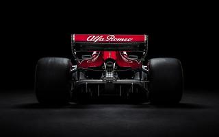 Alfa Romeo Sauber C37 F1 Car 2018 4K | by hdwallpaperslife1