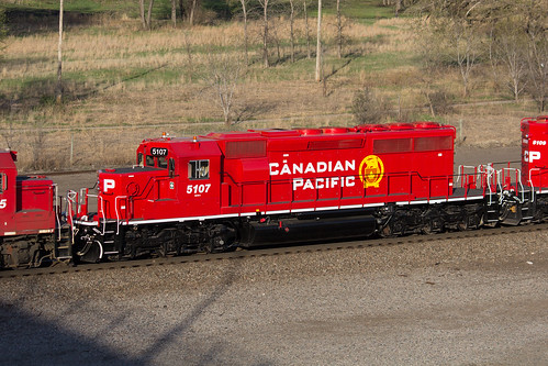 gmd sd403 sd402 cp canadian pacific 5107 st paul mn minnesota