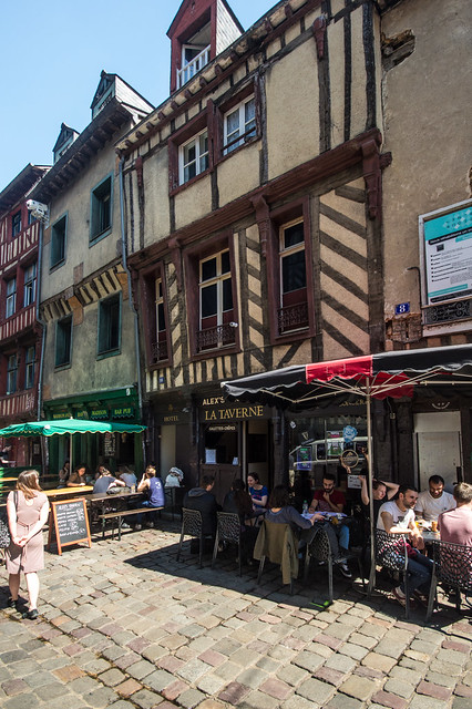 Rue Saint-Michel 2