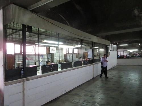 非常電源で一部復旧した競馬場
