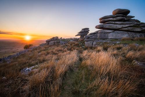 stoweshill bodminmoor microfournerds lumix wideangle sunset minions m43 ultrawide panasonic laowacompactdreamer75mmf20 cornwall microfourthirds gx8 boulders rocks