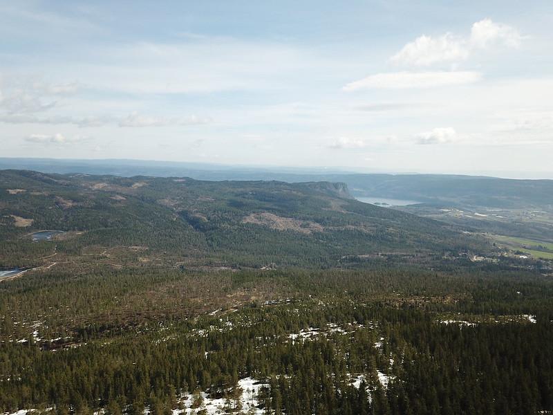 13-Utsikt mot Hørtekollen fra Gjevlekollen (drone)