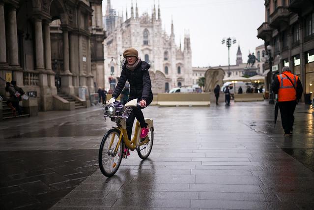 Milano Street Walking - Hurry Through