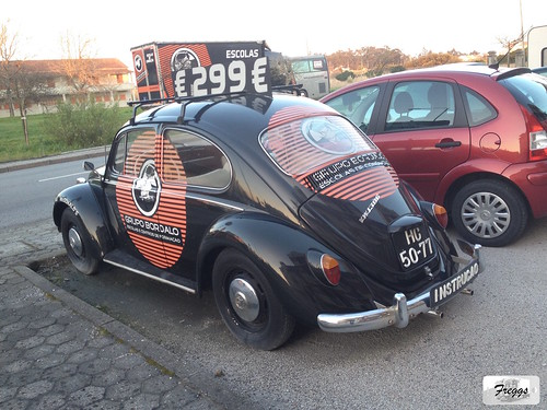 Volkswagen Beetle 1300 - Portugal | by Freggs