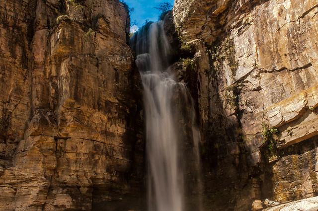 Furnas Lake - waterfall 1