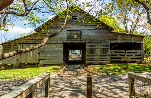 park farm historic woods trees recreation nature relaxing hiking rural historical agricultural buildings countryside
