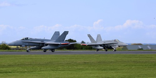 Finnish F-18C HN-410 & HN-419 | by Iaingd65