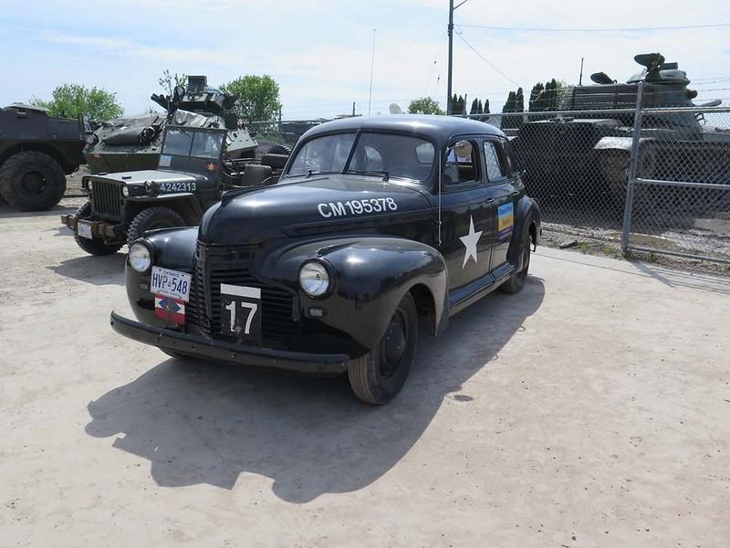 1941 Chevrolet Special Deluxe 4 2