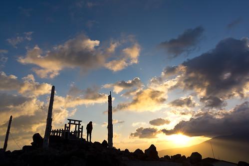 shrine kurumayama mountain nagano japan sunrise morning sky sun sony nex7 sel1670z 1670mm 長野 車山神社 車山高原 茅野市