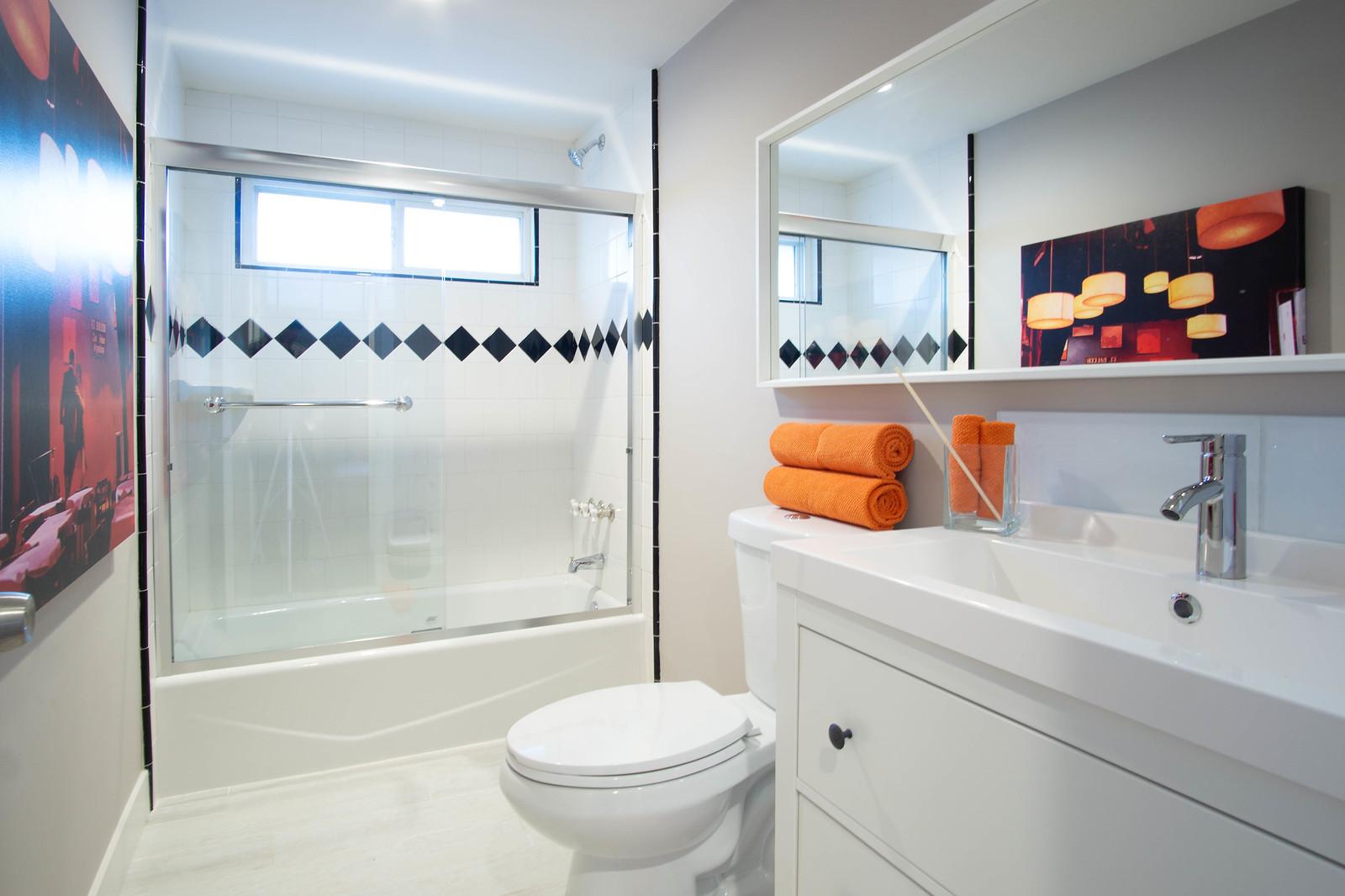 13912 Mansa Dr - Bathroom 2- 3