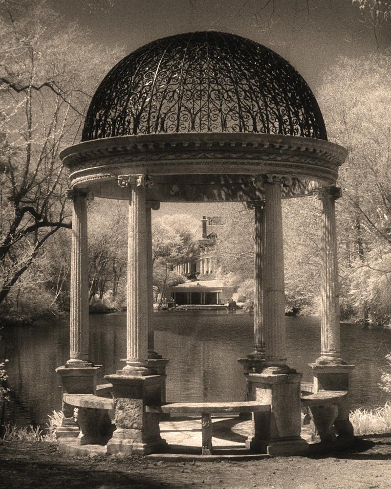 Old Westbury Gardens Events: Gazebo Of Enchantment