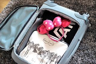 Kipling Suitcase Open Side Angle | by Isabellellebasi