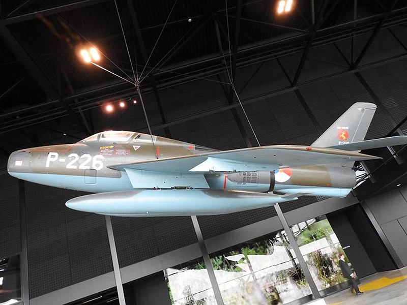 F-84F Thunderstreak 1