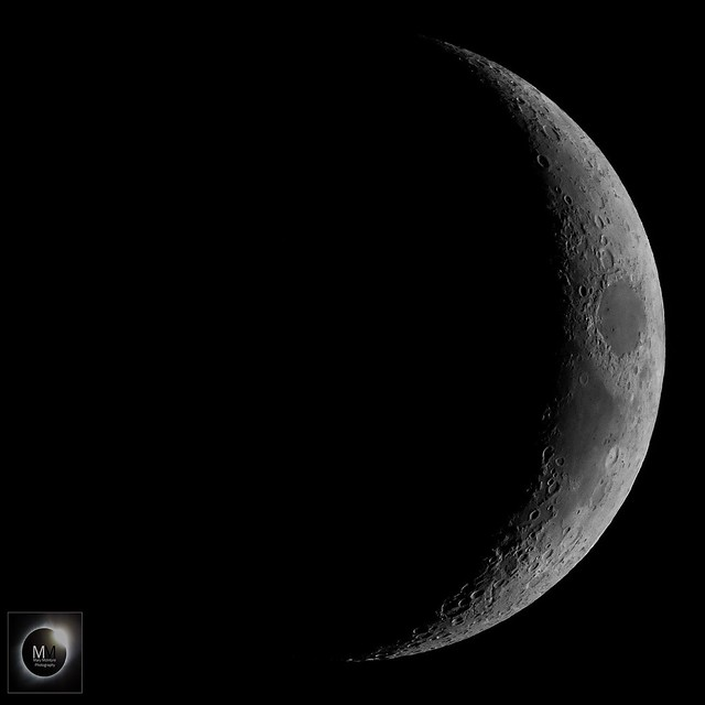 17% Waxing Crescent Moon 19/04/18