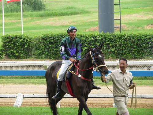 タイ競馬のジョッキー