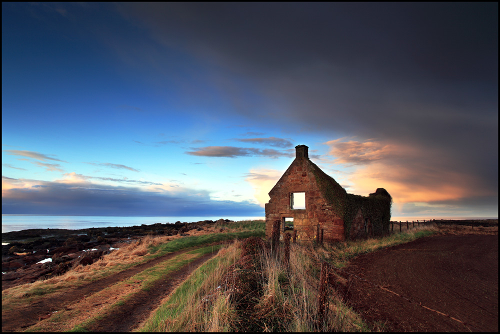 Old Cottage - Fife by angus clyne